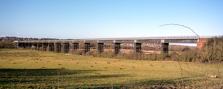 Panaoramic view of Bennerley Viaduct